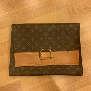 Louis Vuitton Lena Clutch
